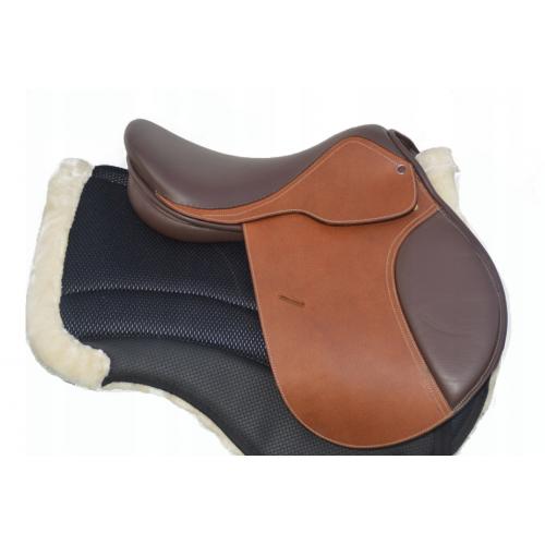 Brązowe siodło dla konia skokowe 17,5 cala